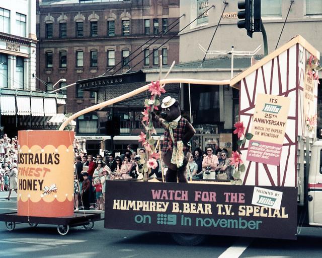 197108 237 Humphrey B Bear