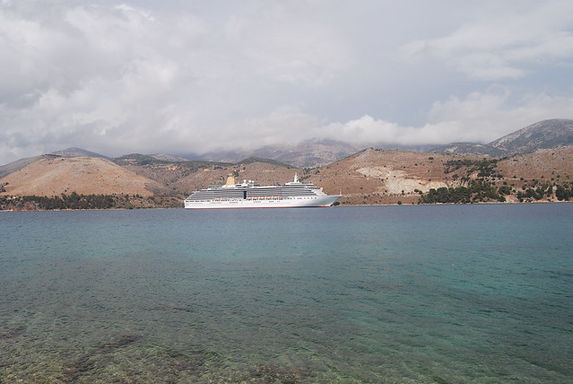 Cruise ship at Lixoúri, Kefalloniá