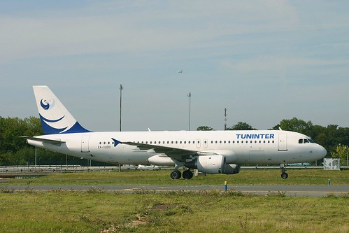Tuninter ek-32001 A320-212