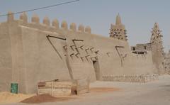 Dyingerey Ber Mosque