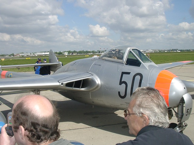 De Havilland DH 100 Vampire