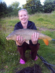 Dani with 141b 3oz Common from Island Pool, caught on 6mm pellet - 9th June 08.