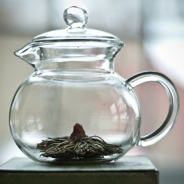 L Glass Teapot With Infuser