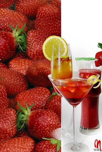 plaza streets reflection glass fruits calle strawberry nikon strada place beverage gourmet cocktail d200 rue fraise fragola erdbeere culinaryart d800 bebidas fresa d300 getränke bevande strasen plätze trinks flickrstruereflection1