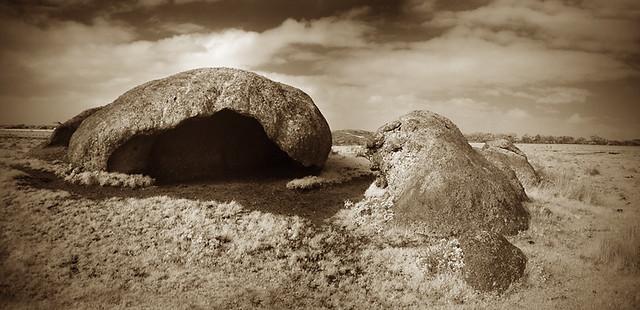 hollow rocks - DSC03847-48 panorama web.jpg