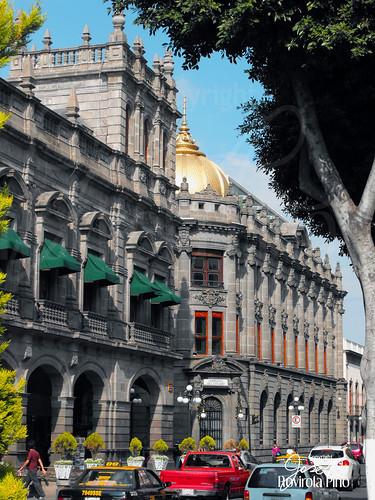 Av. Juan de Palafox y Mendoza