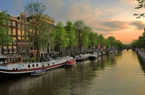 street city travel trees light sunset sky sunlight holland water netherlands amsterdam boats canal scenery view scene 城市 风景 街景 随拍 荷兰 阿姆斯特丹 0392 faungg