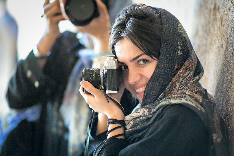 Iranian woman photographer in oldest Iranian mosque