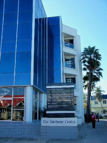 cayman islands bank account advantages