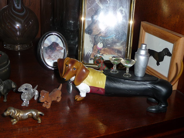 weiner dog figurines