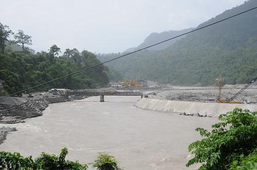 rivers westbengal june2008 geo:lat=269244483333333 geo:lon=884551916666667 geo:dir=2868 riverbasins yangmakumkhasmahal