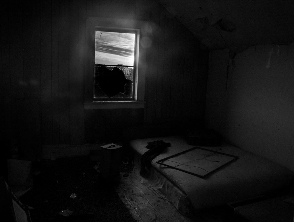 Empty bed, Empty room, Empty house by Time Share / © All rights ...