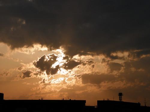 sun geotagged tokyo 東京 太陽 世田谷区 setagayaku yōga tōkyō 用賀 用賀四丁目 geo:lat=35626715 geo:lon=13963363