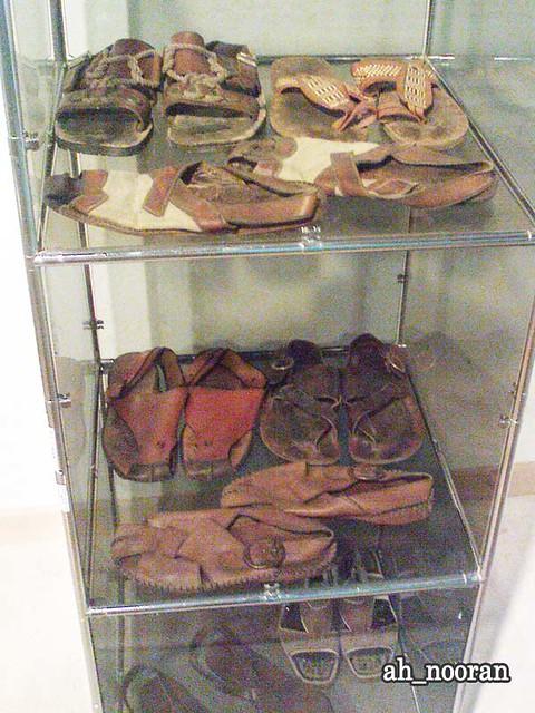 کفشهایم کو سهراب سپهری