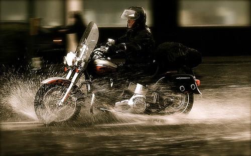 moto-lluvia