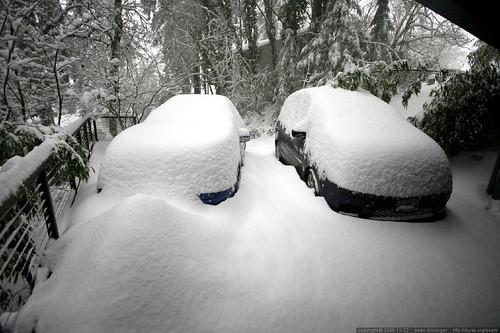 snowed in driveway    MG 3896
