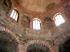 2006.06 FREJUS - la cathédrale
