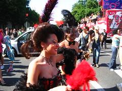 Madrid, Orgullo Gay 2007: la mujer elegante