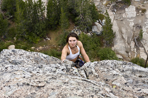 summer cliff woman mountain mountains scale sports girl sport rock canon fun climb photo high cool dangerous view action extreme rope boulder climbing photograph granite mountaineering summit climber height mountaineer donner summiting 40d familygetty