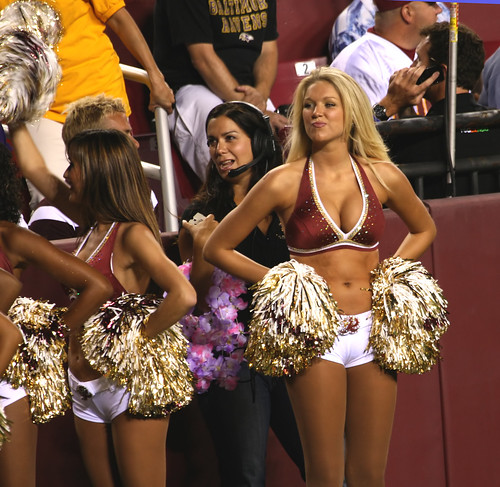 washington redskins cheerleaders wallpaper