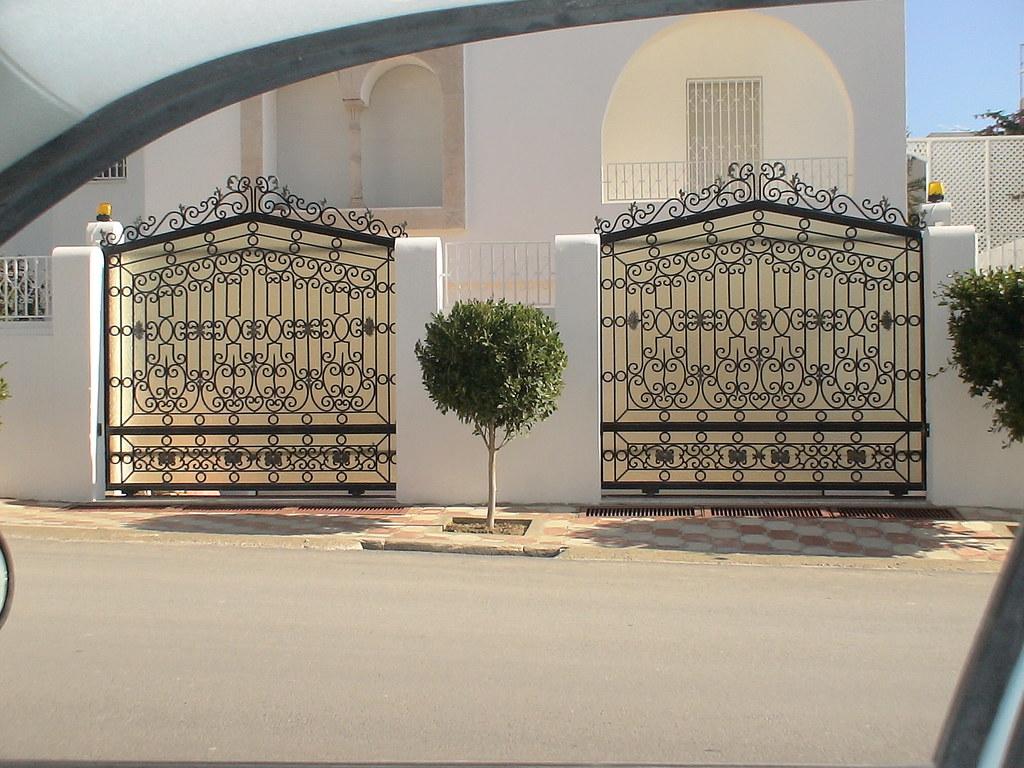 style de porte exterieure en fer forg 233 a photo on flickriver