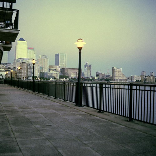 Canary Wharf with Voigtlander Perkeo
