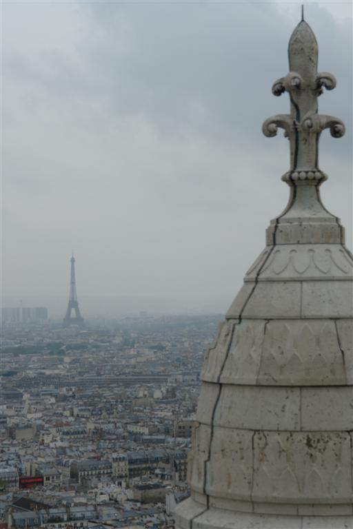 La Basílica ofrece unas vistas que sólo pueden ser superadas por la Torre Eiffel. Sacré Coeur, el balcón más bello de París - 2669324974 a627370e17 o - Sacré Coeur, el balcón más bello de París