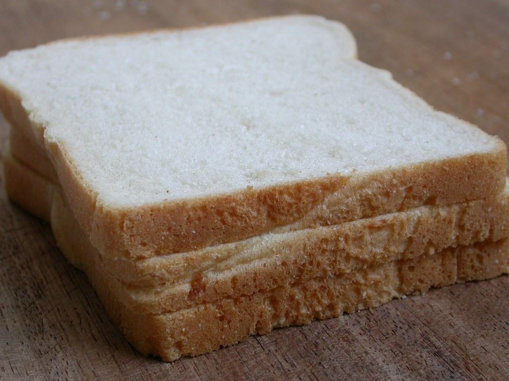 white bread commercially prepared (includes soft bread crumbs)