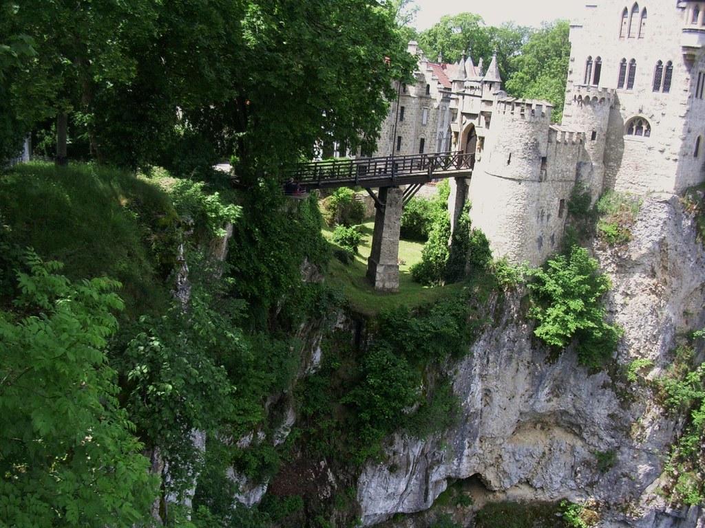 Schloss Lichtenstein , auf Fels gebaut