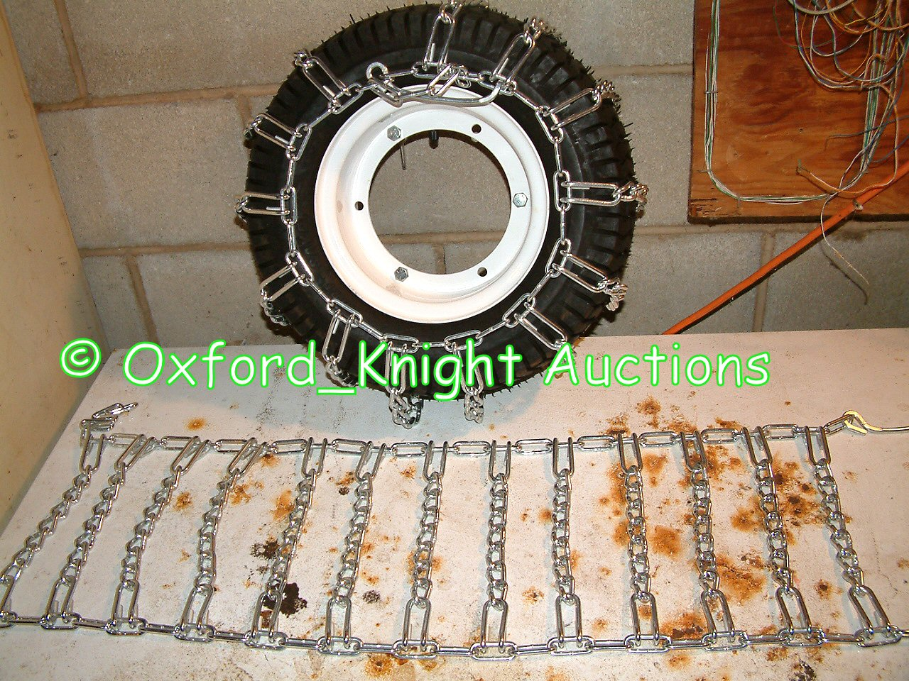NEW PAIR OF HEAVY DUTY TIRE CHAINS FOR 16 6 50 X 8 SNOW