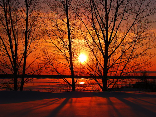 winter sunset sun snow ontario canada cold color colour ice nature water beautiful beauty canon river landscape colorful great january sunsets powershot colourful saultstemarie northernontario algoma goldenglobe sx110 saintmarysriver aplusphoto flickraward frhwofavs excapture flickrestrellas gr8photo flickrlovers thebillster23 greatshotss