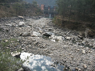 A dry river downstream of Maneri Bhali dam