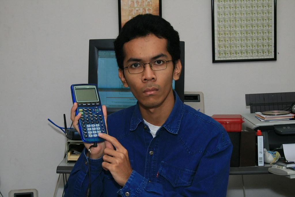 TI-83+ remote shutter