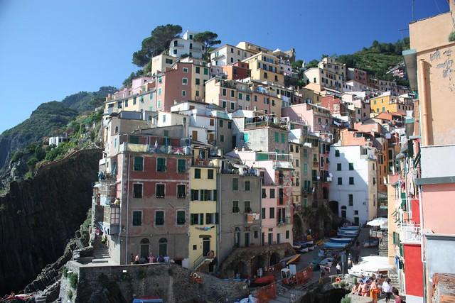 Riomaggiore, Cinque Terre, Italy, fotoeins.com