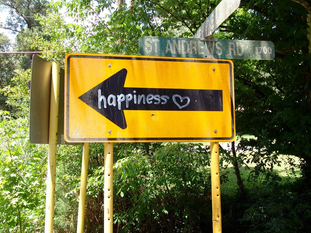 Cuento de la felicidad escondida 2636910455_3e47a5e698_b