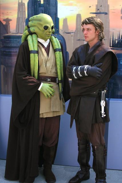 WDW 2008 June - Wandering around Star Wars weekends