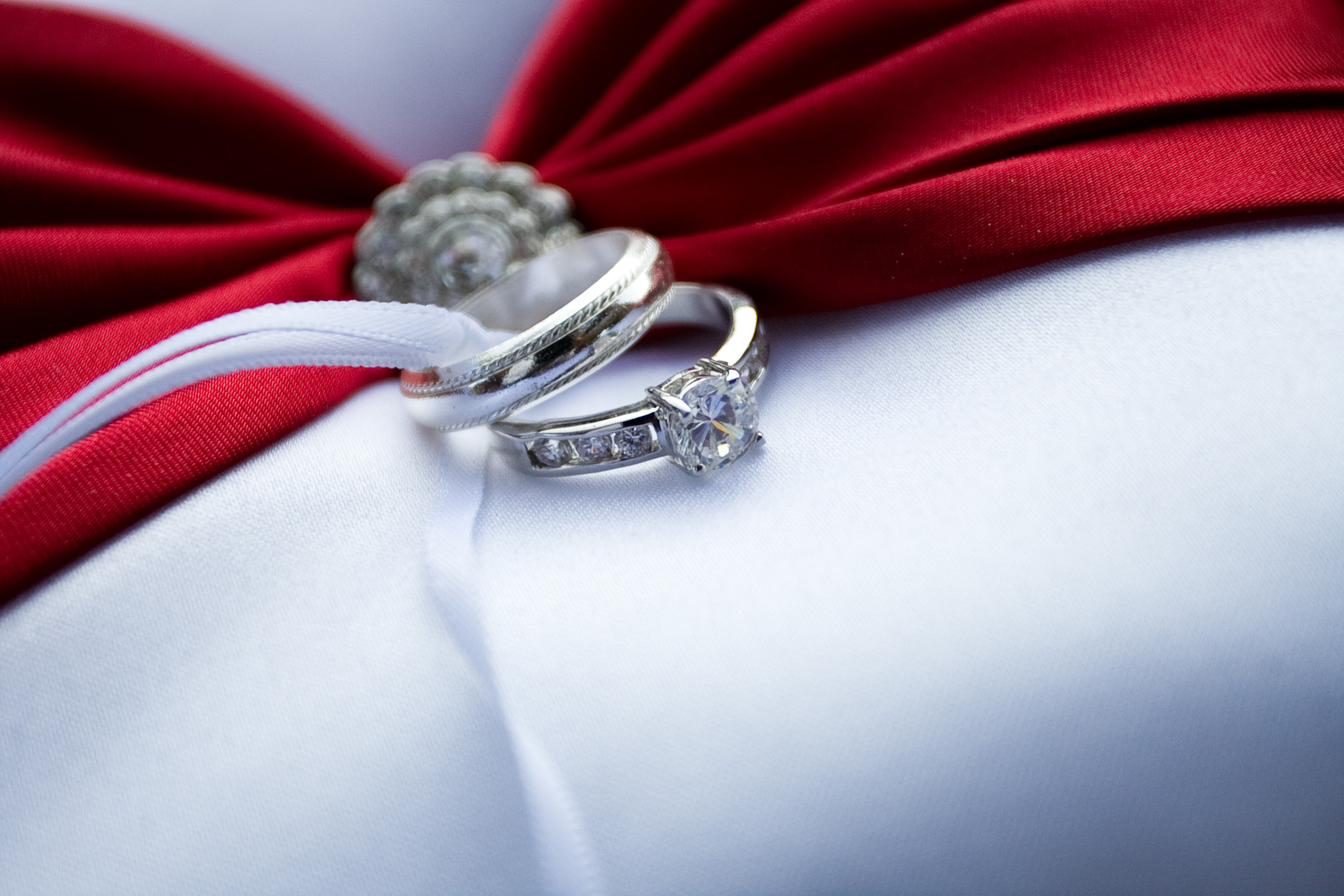 All Diamond Engagement Ring Settings