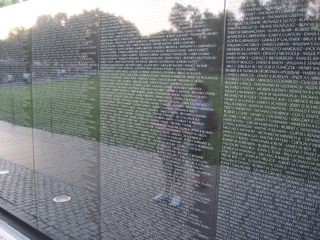 Vietnam Wall : Alicia, Vietnam Wall, Vietnam Veterans Memorial, Washington, DC ...