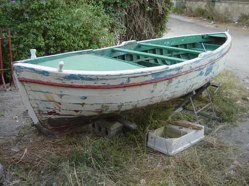 Barche barche restauro gozzo flegreo for Usato in regalo