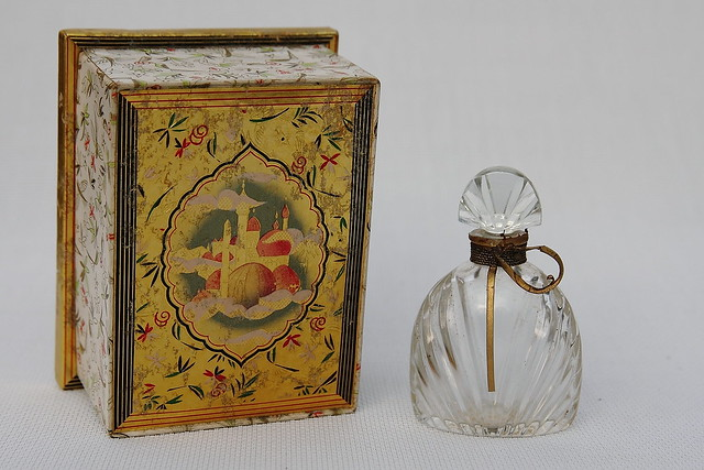 Art Deco Caravane Perfume Bottle By D 39 Avesn Flickr