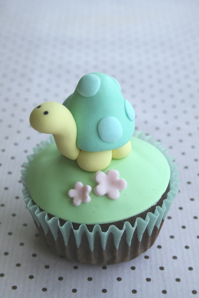 Images For Cute Cake : Turtle fondant cupcake topper Flickr - Photo Sharing!