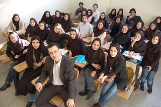Con mis alumnas de Teherán 2/4