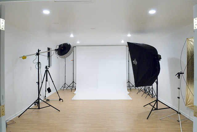 Studio set up flickr photo sharing - Youtube small spaces set ...