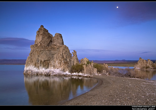 Mono Lake Moonrise PSIMG_4390