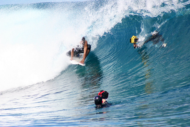 How to shoot surf pictures at Teahupoo, Tahiti.