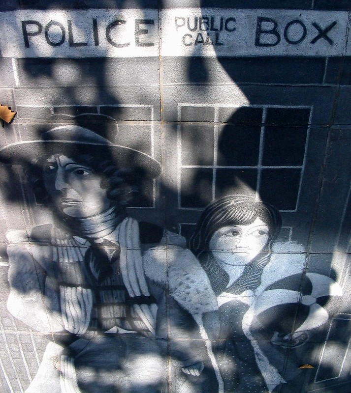 Doctor Who pavement art, Southbank (March 2004)