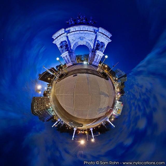 Planet Brooklyn :: Grand Army Plaza