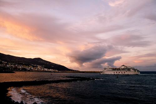 Volcan de Taburiente llegando al puerto de Santa Cruz de La Palma
