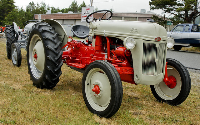 1950 Ford Tractor Tractor Vermilion : The ford n a gallery on flickr