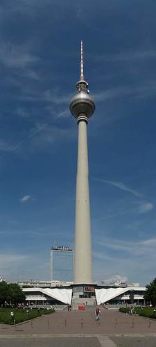Berlino la torre della televisione di berlino dove si for Dove si trova la camera dei deputati
